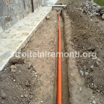 ВИК услуги - водопроводни тръби добре положени върху пясък